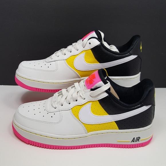low priced 1ea1f 9341c Nike Air Force 1  07 SE Moto (Women s)